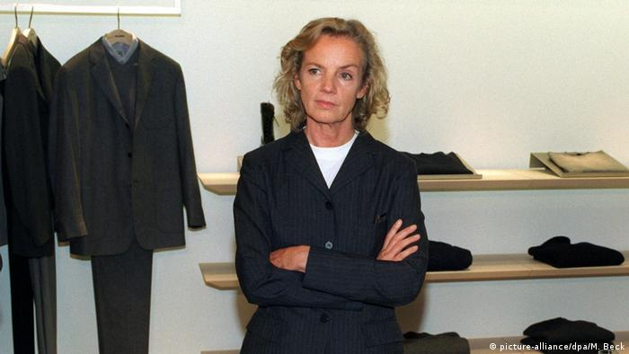 Jill Sander in her flagship store (1997) (picture-alliance/dpa/M. Beck)