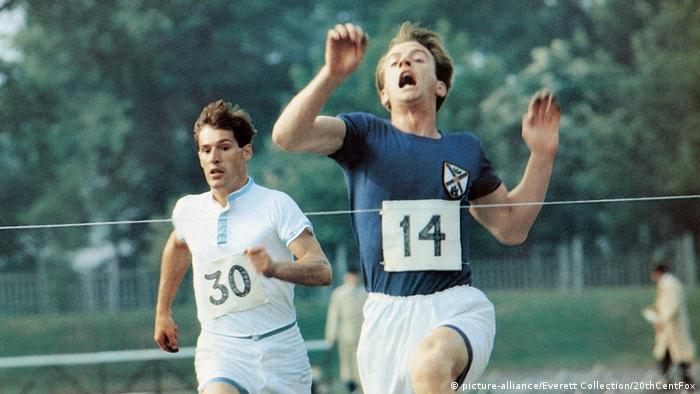 Film still 'Chariots of Fire': Two men running.