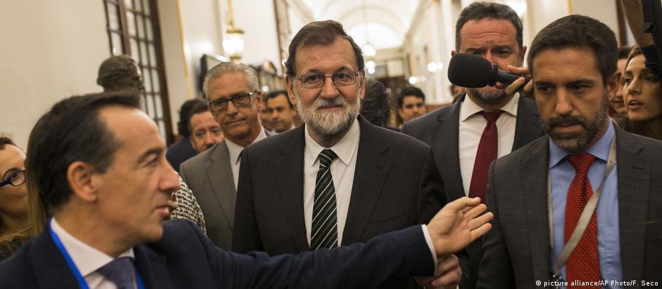 O primeiro-ministro espanhol, Mariano Rajoy: líder mantém queda de braço com Puigdemont