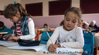 Προσφυγόπουλα από τη Συρία σε σχολείο στην Τουρκία
