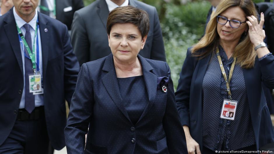 A do ta nxjerrë Moraviecki Poloninë nga izolimi