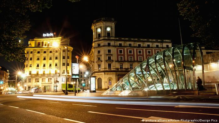 Spanien Bilbao U-Bahn - Reiseziel Bilbao (picture-alliance/Axiom Photgraphic/Design Pics)