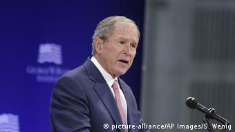 Ältester George W. Bush (picture-alliance/AP Images/S. Wenig)