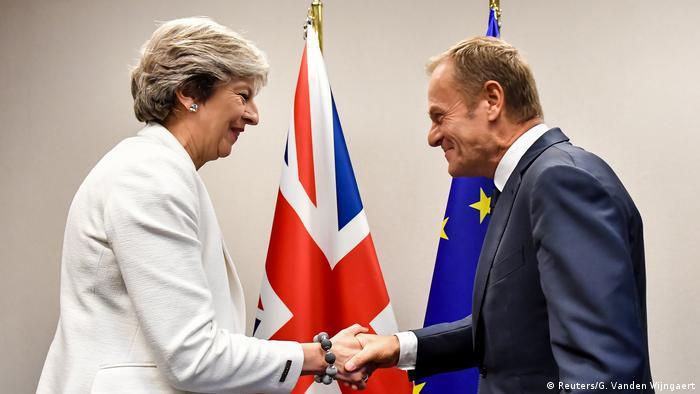 Belgien EU-Gipfel Theresa May und Donald Tusk (Reuters/G. Vanden Wijngaert)