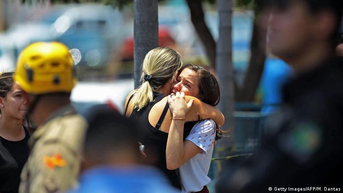 Brasilien Goiania Schießerei an Schule (Getty Images/AFP/M. Dantas)