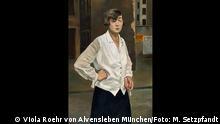 Frankfurt - Schirn Kunstfalle - Weimar Republik Ausstellung Rudolf Schlichter, Margot, Berlin, 1924, Öl auf Leinwand, 110,5 x 75 cm, Stadtmuseum Berlin, © Viola Roehr von Alvensleben, München, Foto: Michael Setzpfandt, Berlin