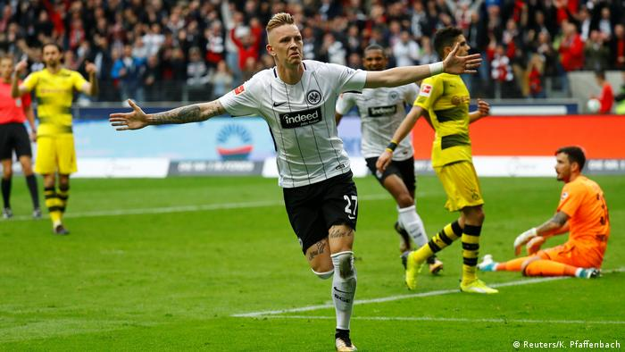 1. Bundesliga 9. Spieltag | Eintracht Frankfurt - Borussia Dortmund | TOR Frankfurt (Reuters/K. Pfaffenbach)