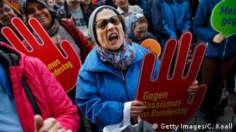 Deutschland Demonstration gegen Einzug der AfD in den Bundestag