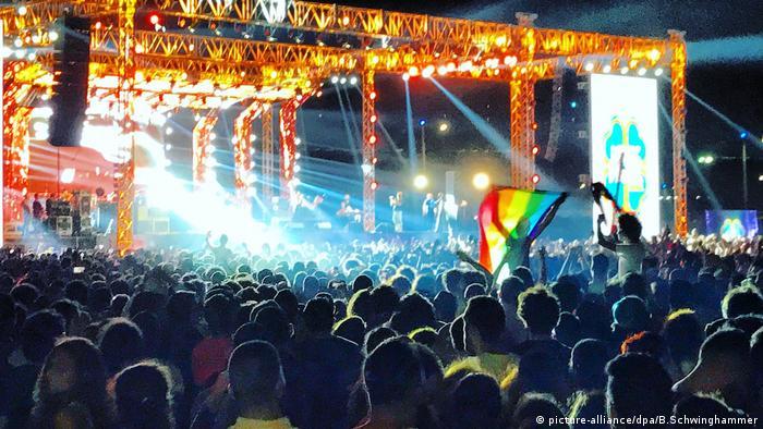 Mashrou Leila Konzert Ägypten Flagge Gay Community