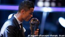 Großbritannien Fußballer Cristiano Ronaldo bei den Best FIFA Football Awards in London