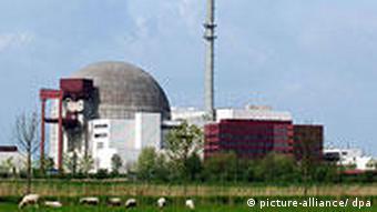 Das Kernkraftwerk im schleswig-holsteinischen Brokdorf (Foto: DPA)