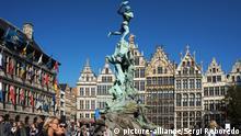 Belgien Antwerpen Brabobrunnen