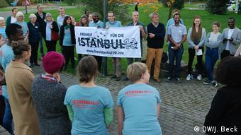 Deutschland Demonstration Solidarität mit Peter Steuthner in Bielefeld