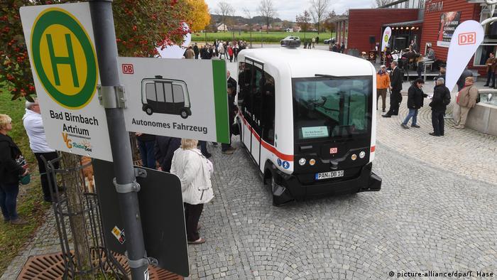 Deutschland Erster autonomer eBus im öffentlichen Nahverkehr in Bayern