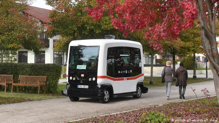 Bad Deutschland Birnbach Erster autonomer Elektro-Bus im öffentlichen Nahverkehr