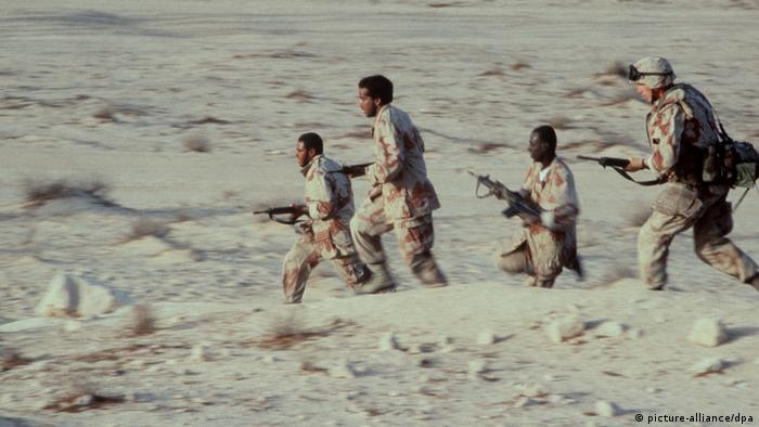 Amerikan askerleri 1991'de Körfez Savaşı nedeniyle Suudia Arabistan'da konuşlandırılmıştı