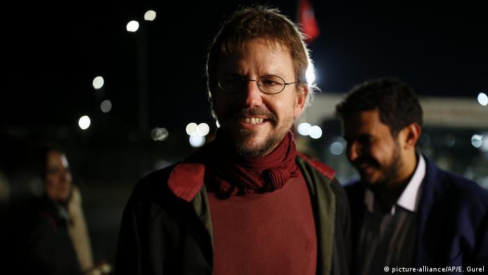Türkei Istanbul Freilassung Peter Steudtner (picture-alliance/AP/E. Gurel)
