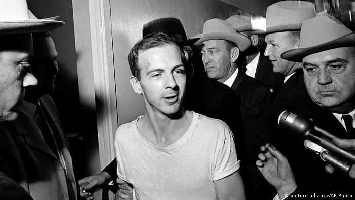 USA JFK Dokumente - Lee Harvey Oswald (picture-alliance/AP Photo)