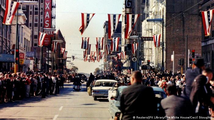 USA JFK Dokumente - Kennedy in Dallas (Reuters/JFK Library/The White House/Cecil Stoughto)