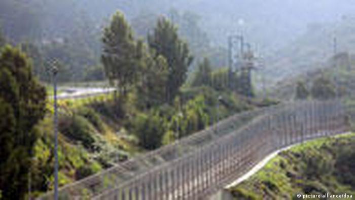 Grenzzaun zwischen spanischer Enklave Ceuta und Marokko (picture alliance/dpa)