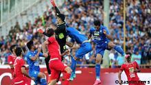 eheran Derby ist die Bezeichnung für das Derby zwischen den Fußballvereinen Esteghlal und Persepolis in der iranischen Hauptstadt Teheran. Es handelt sich um eine der traditionsreichsten Rivalitäten im asiatischen Fußball. 16.10.2017 lizenzfrei für die Farsi Redaktion