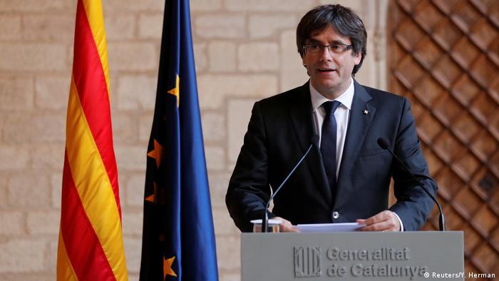 Spanien Katalonien Carles Puigdemont Rede in Barcelona