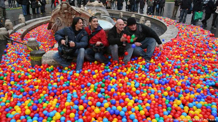 500,000 colored balls on the Spanish Steps in Rome.