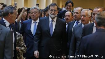 Премьер-министр Мариано Рахой в Сенате Испании