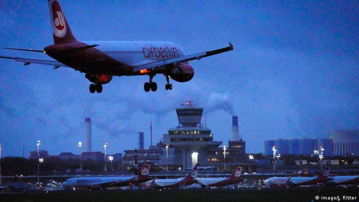 Deutschland | 38 Jahre Air Berlin | Letzter Flug Air Berlin (imago/J. Ritter)