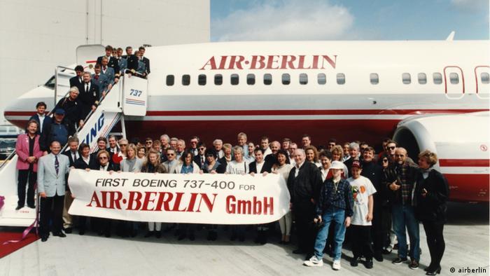 1993, Auslieferung der ersten B737-400 für Air Berlin (airberlin)