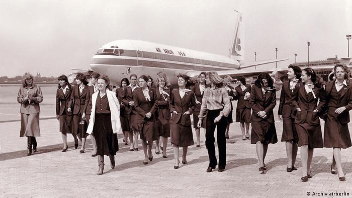 Air Berlin USA 1979 mit Crew und Passagieren (Archiv airberlin)