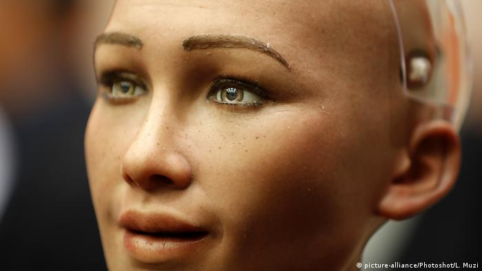 Saudi Arabia grants citizenship to robot Sophia