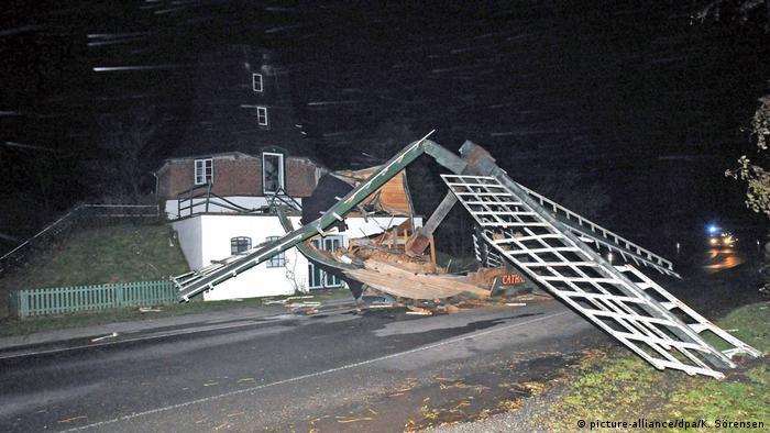 У Німеччині до трьох зросла кількість жертв урагану Герварт