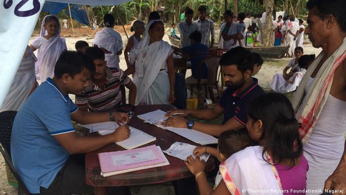 Indien Klinik-Boot in Assam (Thomson Reuters Foundation/A. Nagaraj)