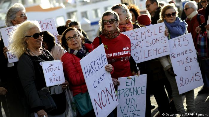 Women protesting against sexual abuse in France (Getty Images/AFP/F. Pennant)