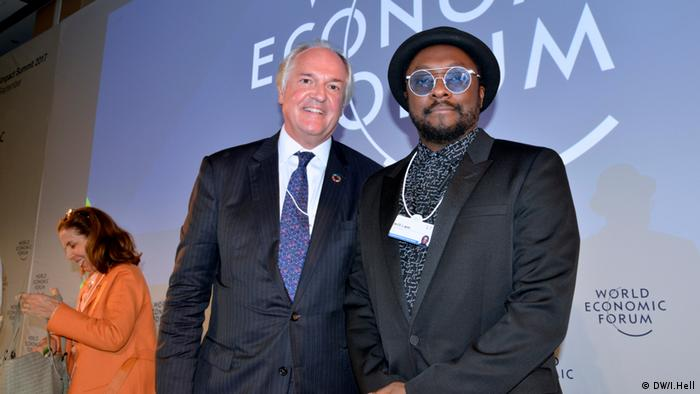 Will.i.am and Unilever CEO Paul Polman (DW/I.Hell)