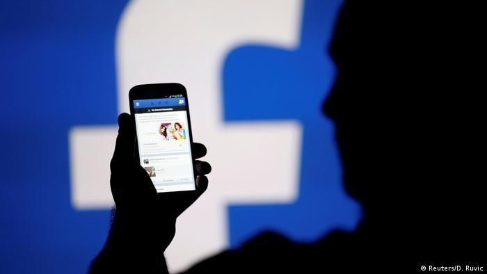 Facebook User Logo (Reuters/D. Ruvic)
