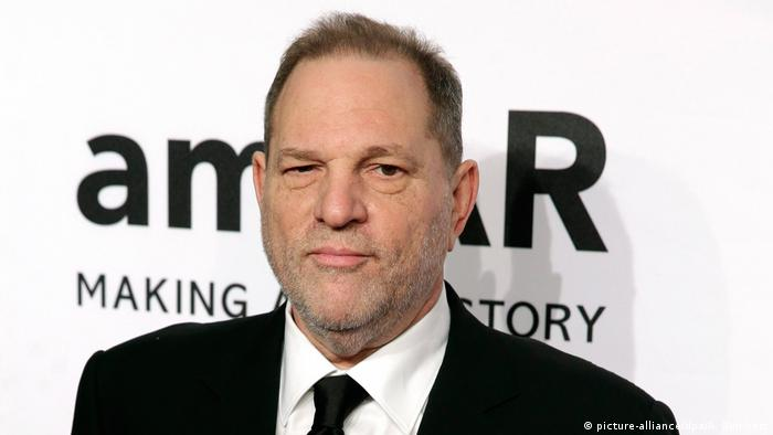 USA Filmproduzent Harvey Weinstein (picture-alliance/dpa/A. Gombert)