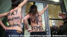 THE FEMEN PROTEST AGAINST THE TRIBUTE TO ROMAN POLANSKI BY THE FRENCH CINEMATHEQUE IN PARIS, FRANCE, ON OCTOBER 30, 2017. | Keine Weitergabe an Wiederverkäufer.