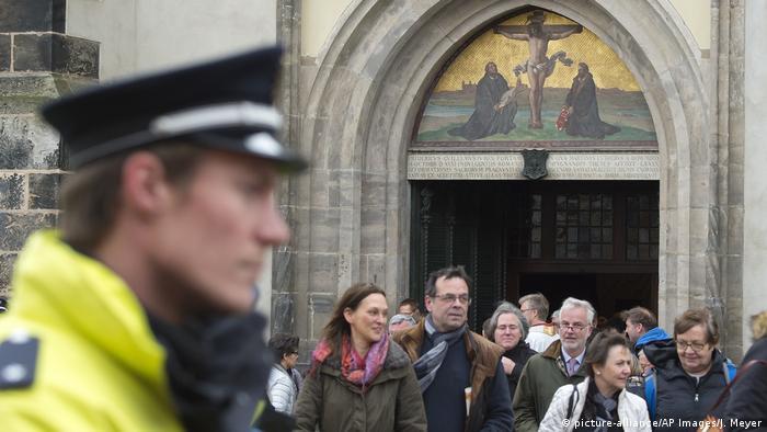 Посетители церкви в Виттенберге
