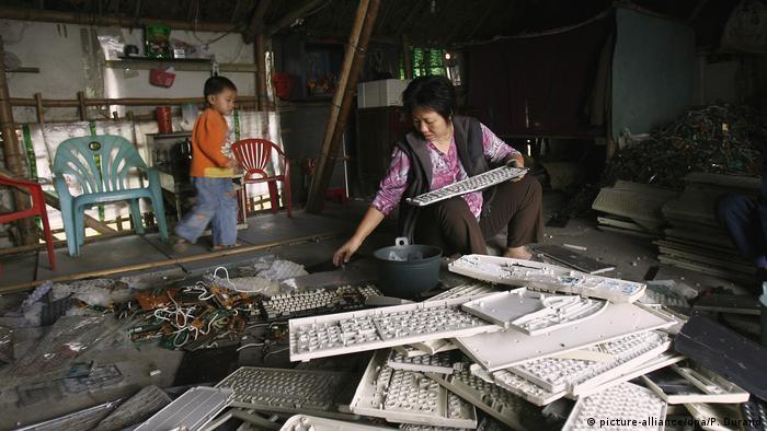 China Deutschland Müllexport (picture-alliance/dpa/P. Durand)
