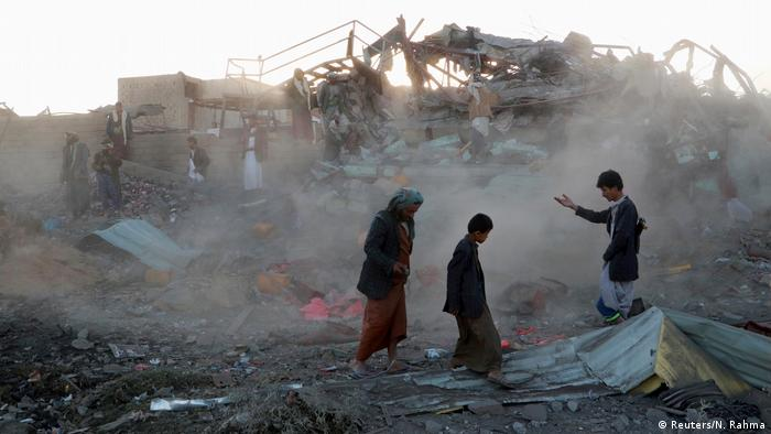 Yemen'de hava saldırısında vurulan bir bölge