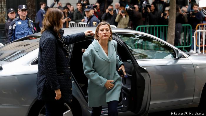 Carme Forcadell exits a car in Madrid Forcadell (Reuters/R. Marchante)