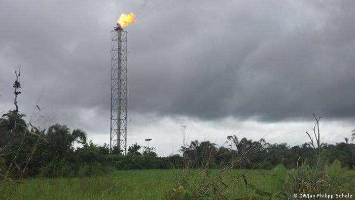 Tocha de gás no Delta do Níger