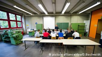 Berufsschule (picture-alliance/dpa/D.Bockwoldt)