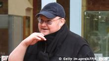 29.08.2016 +++ In this photo taken on August 29, 2016, Internet mogul Kim Dotcom leaves following his extradition appeal at the High Court in Auckland. Internet entrepreneur Kim Dotcom was on August 30 granted his wish to live-stream his bid to avoid extradition to the United States where he is wanted on online piracy charges. / AFP / KATE DWEK (Photo credit should read KATE DWEK/AFP/Getty Images)
