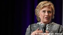 01.06.2017 +++ Former Secretary of State Hillary Clinton speaks onstage with novelist Cheryl Strayed at An Evening with Hillary Rodham Clinton during the BookExpo on June 1, 2017 in New York. / AFP PHOTO / ANGELA WEISS (Photo credit should read ANGELA WEISS/AFP/Getty Images)