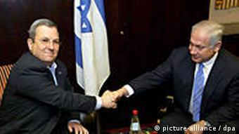 Koaltion vereinbart Benjamin Netanjahu rechts und Ehud Barak in Jerusalem, Israel