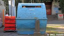 Beschriftung: Smart City Bonn Papiercontainer Aufgenommen am: 3.11.17 in Bonn Copyright: DW/Lukas Hansen