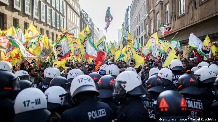 Kurdish demonstration in Dusseldorf